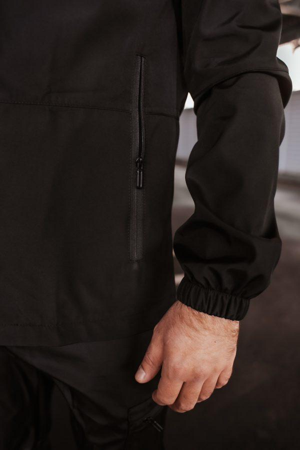 "Весенняя куртка ""Softshell light"" Intruder черная"