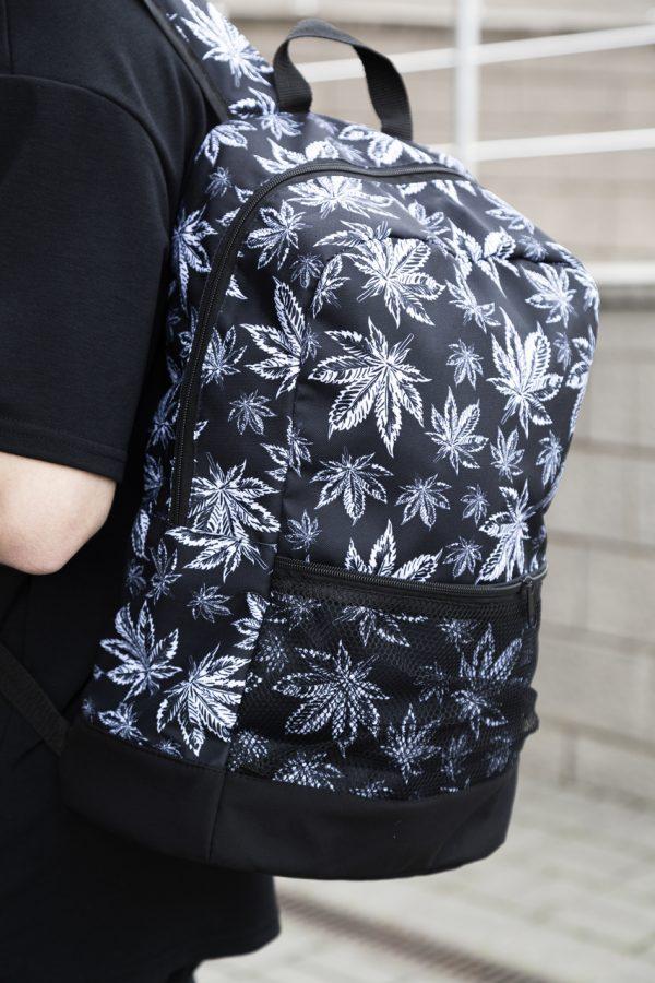 Рюкзак с принтом гербарий v3 черно-белый