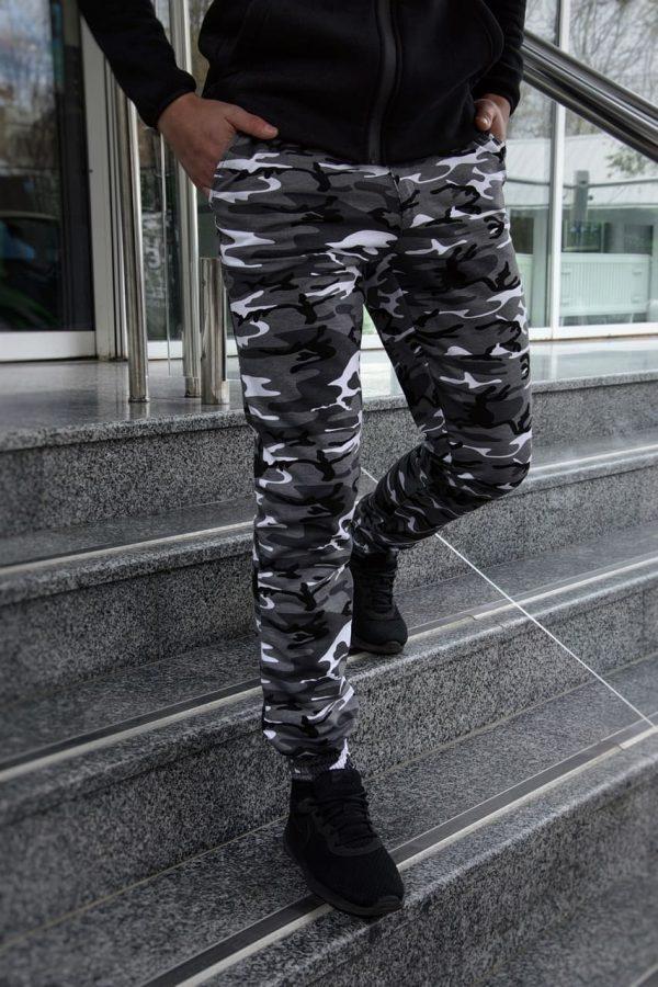 Штаны мужские спортивные трикотажные камуфляж